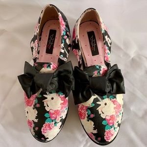 Iron Fist Buns n Roses Oxfords Size 9